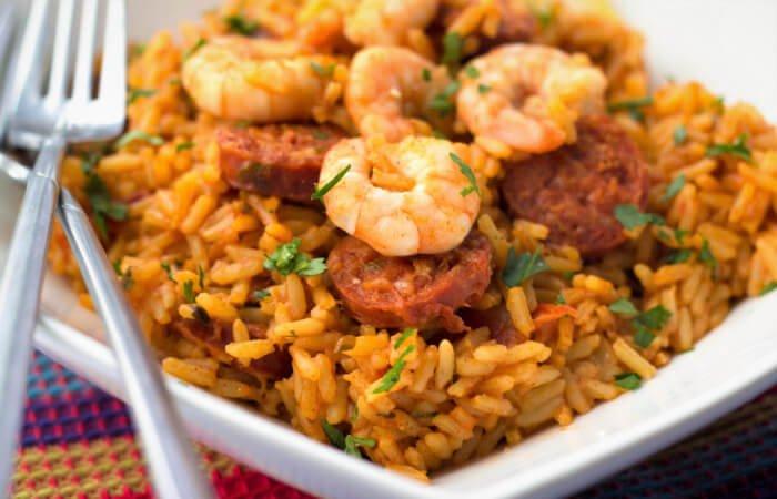 arroz con camarones y chorizo