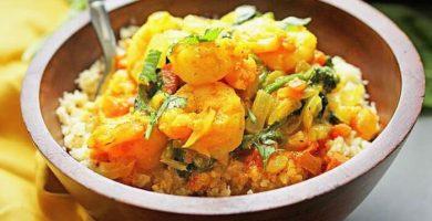 Arroz con camarones al curry