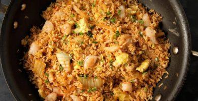 arroz frito con camarones