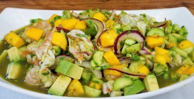Aguachile de camarón con mango