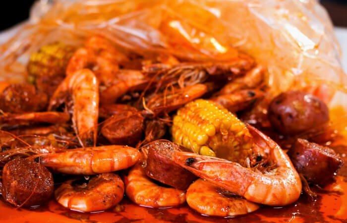 camarones en bolsa o camarones whole shabang from Boiling Crab