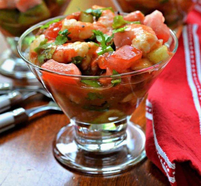 cóctel de camarones estilo Sinaloa