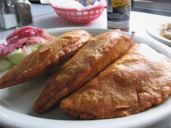 empanadas de camarón estilo Nayarit