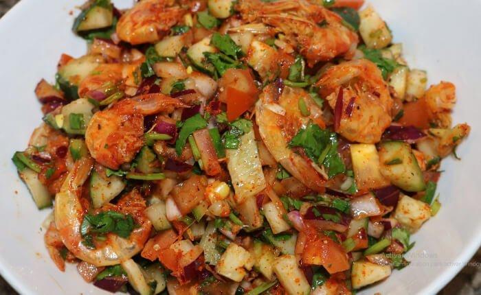 ensalada de camarón seco