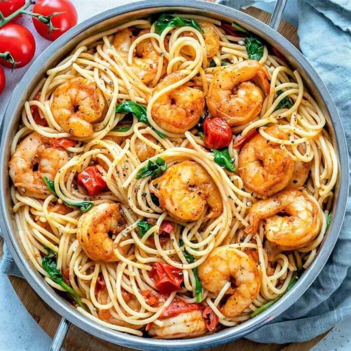 espagueti con camarones al ajillo