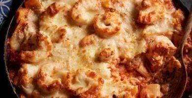 Pasta con camarones y queso