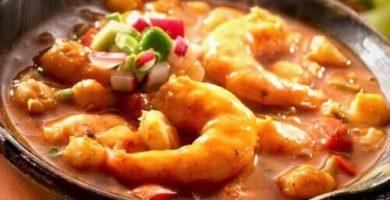 Pozole de camarón estilo Veracruz