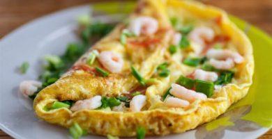 tortilla de camarones con huevo